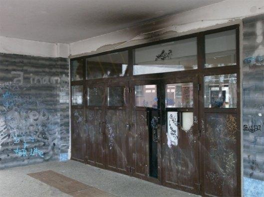 ulaz u OŠ Savski Gaj
